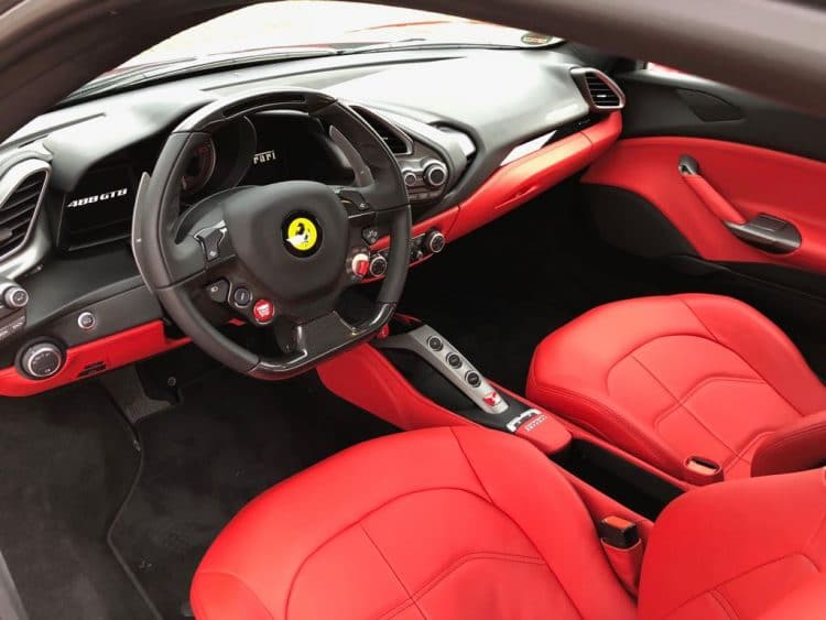 gutschein ferrari mieten f r 1 woche rent for speed. Black Bedroom Furniture Sets. Home Design Ideas