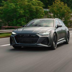 Audi RS6 fahrend